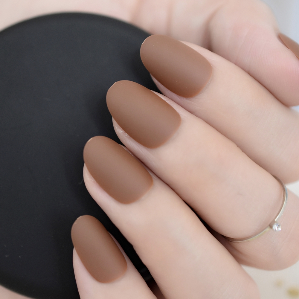 24 pieces Oval Matte Press On Nails Coffee Brown Ladies Fake Nails Short for daily wear with Glue Sticker