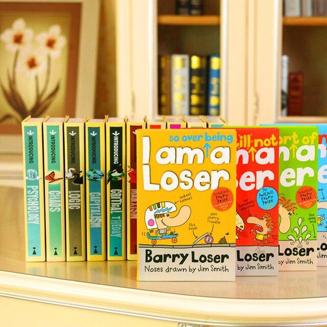 Boekenplank Met Boeken.Oude Tijd Cartoon Decoratie Boeken Kinderkamer Simulatie Boek Nep