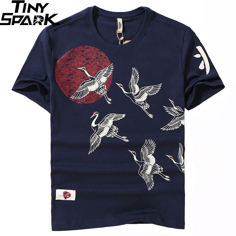 2019 Japanese Streetwear   T     Shirt   Crane Sun Print Mens Harajuku   T  -  Shirt   Summer Hip Hop Tshirt Cotton Short Sleeve Tops Tees Black