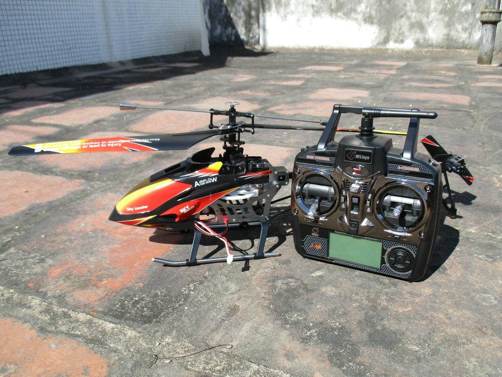 helikopterモデル 2.4グラム4chシングルプロペラrcヘリコプター70センチ内蔵ジャイロwlおもちゃr/c v913 States 1