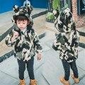 Rápida de Alta Qualidade 2016 Nova Outono Inverno Coreano Crianças Bonito Impressão da Pele Do Falso Casaco Quente Com Capuz Outwear Meninos Roupas de Bebê