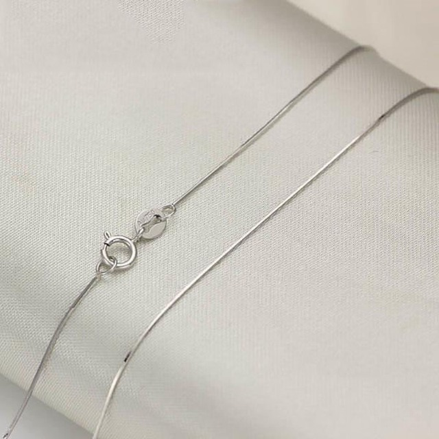 a08ac64929178 US $94.81 5% OFF|Authentic 18k White Gold Chain Unisex Luck Snake Design  Chain Necklace 0.6mmW-in Necklaces from Jewelry & Accessories on ...
