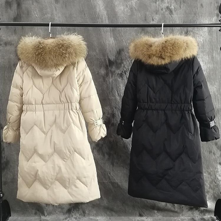 Épais 1 3 2018 Canard Manteau 2 Col Fourrure Femmes Long Duvet De Chaud Grand Manteaux 4 Réel Femelle Parka Blanc D'hiver Raton Nouveau Laveur Veste pBSFF