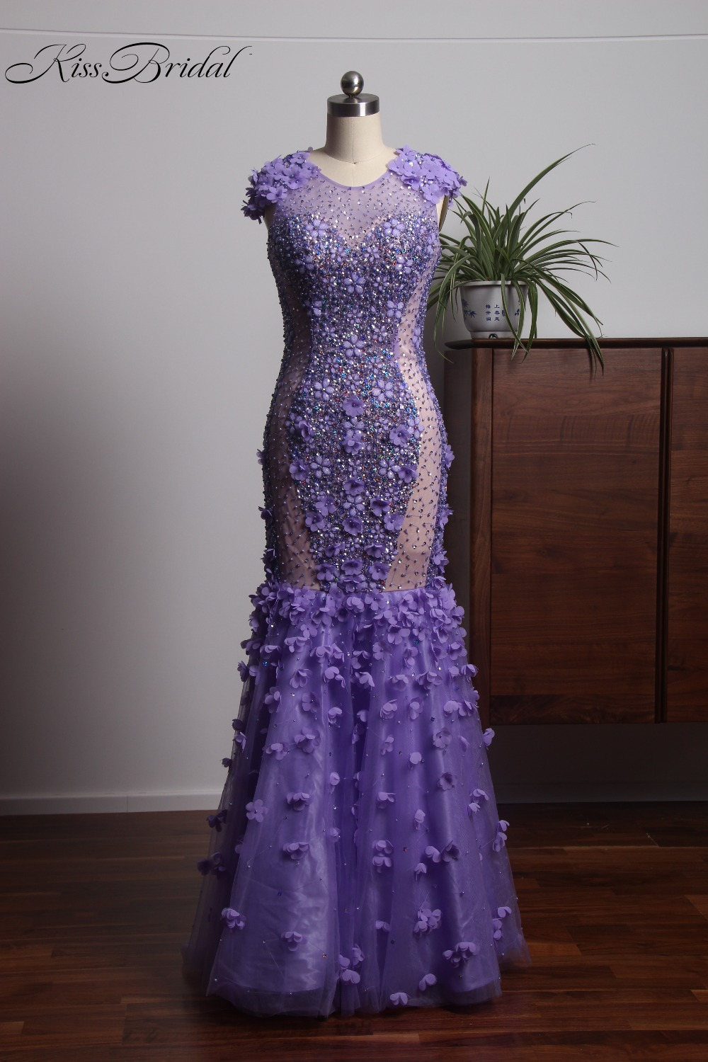 2018 Luxury Crystal Beaded   Evening     Dresses   With Flowers Light Purple Prom   Dress   Long Sleeveless vestido de festa