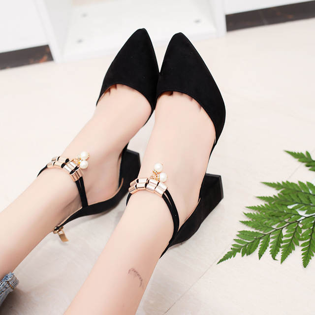 cfdffb4ebc 2018 Mulheres de Verão Sapatos Bombas Vestido Sapatos de Salto Alto Do Dedo  Do Pé Apontado Casamento Sapatos de Barco Sapatos tenis feminino Lado com  em ...