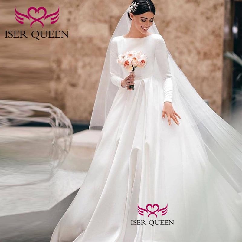 Vintage Pure White Long Sleeves A-line Wedding Gown 2020 Vogue Soft  Satin CourtTrain O-neckline Bride Dresses W0534