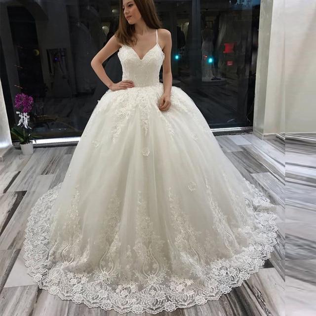 2019 Baljurk V Hals Sleeveless Bridal Jurken Wit Ivoor Puffy Prinses Trouwjurken Spaghettibandjes Kant Custom Made