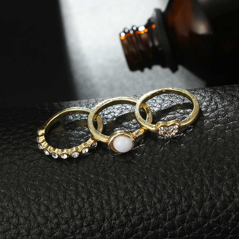 docona Punk Gold Color Pearl Heart Crystal Ring Set for Women Girl Alloy Round Knuckle Midi Ring Set 5pcs/1set 6557