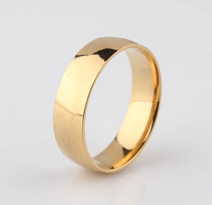 new 2015 Gold flat stainless steel rings mens fashion rings on the ring couple female ring men jewelry