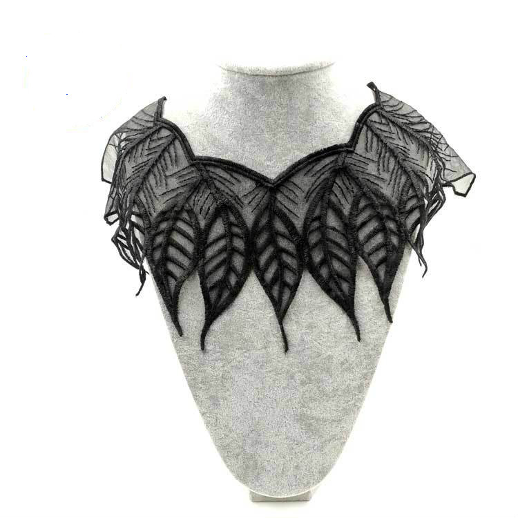 Water-soluble Lace Breast Polyester Silk Embroidered Collar Net Bottom Embroidered Collar Fake Collar