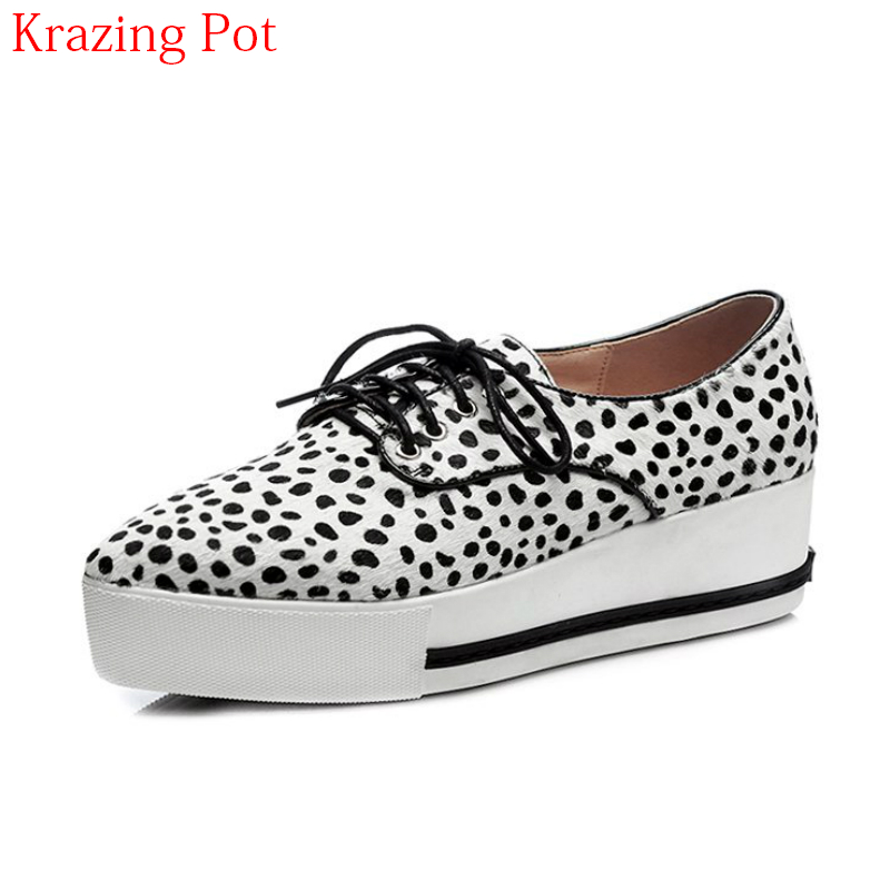 2018 Horsehair Pointed Toe Sneaker Lace Up Spring Causal Shoes Wedges Classic Thick Bottom Elegant Women Vulcanized Shoes L1f6