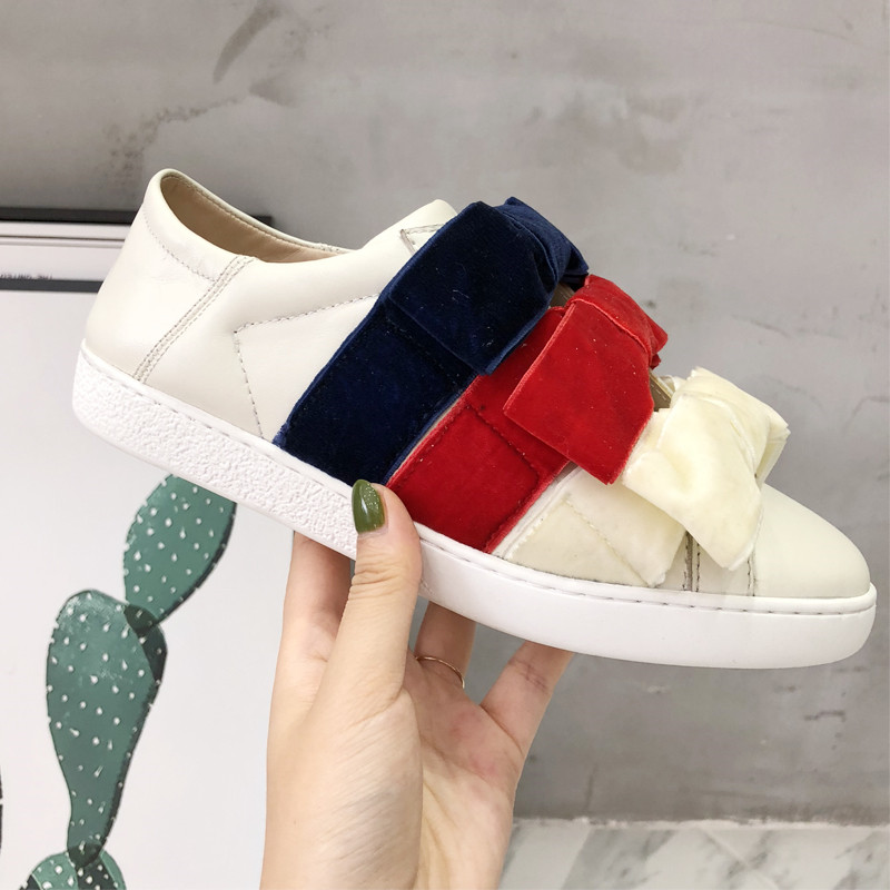 Colorful Bow Tie Woman Shoes White Leather Women Casual Shoes Low Top Woman Flats Slip On Brand Chic Hot Lazy Woman Shoe Loafer hot woman flats metal animal decor woman shoes pearl embellished woman loafers bow tie women shoes brand runway super star shoes