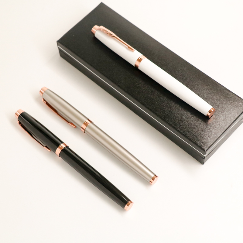 цена на Rose Gold Clip Rollerball Pen Black White Grey 0.5mm Black Ink Business Office Metal Signature Pens for Gift with Pen Case