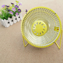 Good quality Small electric heater 220v and low power easy carry mini portable heater room/outdoor electric warm heater