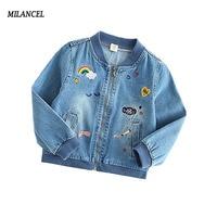 2017 для девочек Джинсовая куртка сердце джинсы с принтом куртка для девочек От 2 до 7 лет детская одежда верхняя одежда на осень ветровки для д...