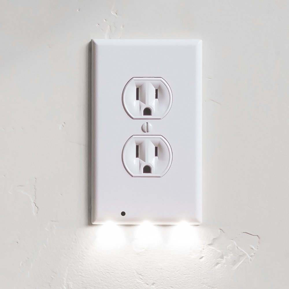2PCS Night Angel World Best Nigh Light Sensor Guidelight Outlet Cover Plate Buli-In LED Turn Any Outlet Into A Night Light