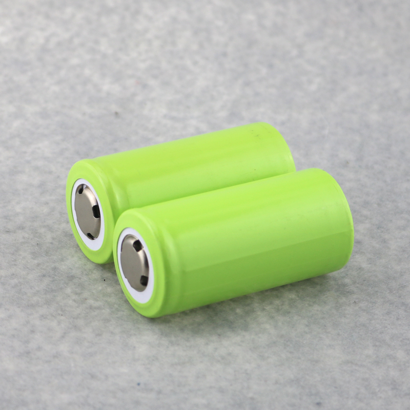 2PCS/Lot 3.7V Rechargeable 7000mAh 32650 Li-ion Batteries Battery For LED Flashlights Re ...