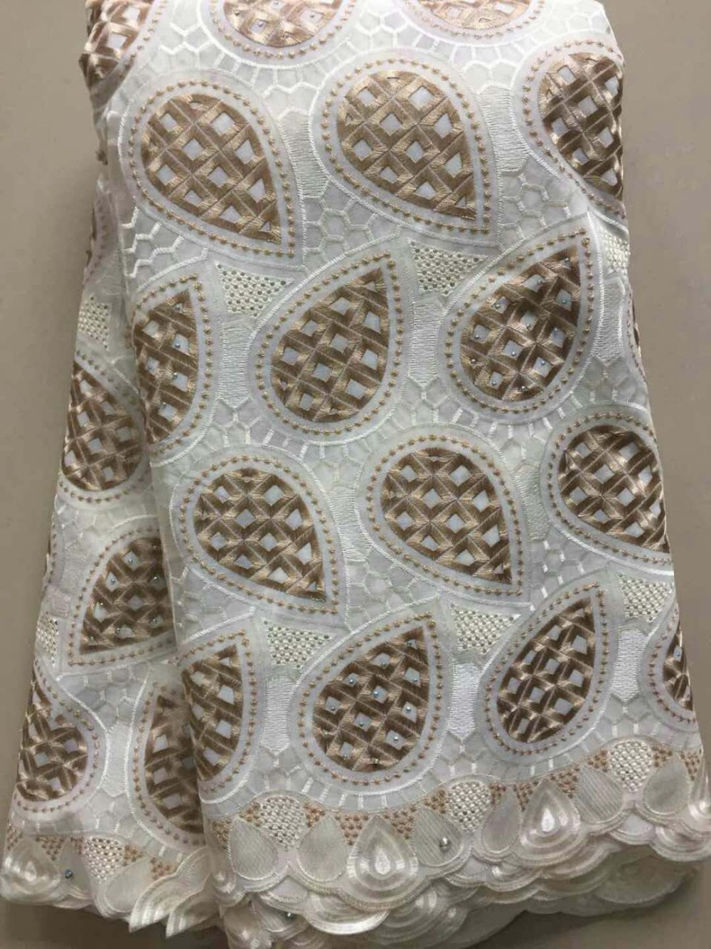 5Yards 2018 Lowest French Nigeria Laces Fabrics High Quality Tulle African Lace Fabric Wedding BE12