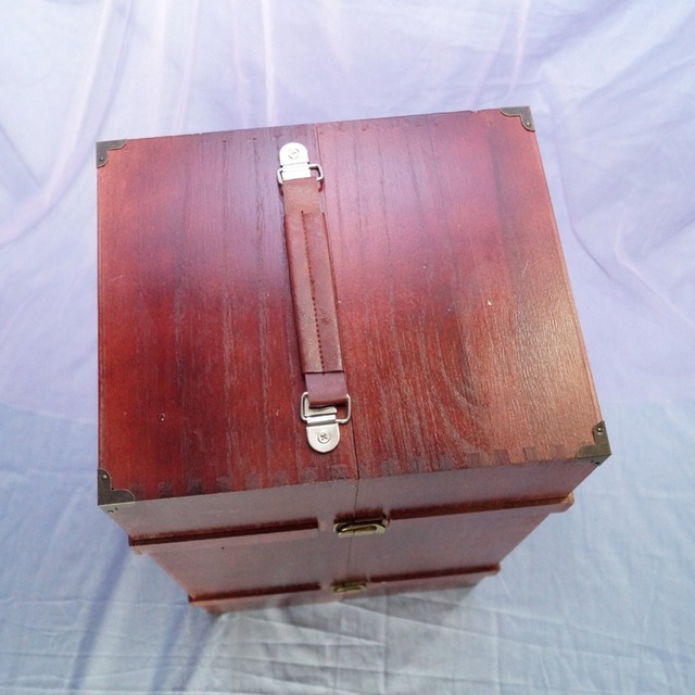 BJD Mini Furniture Wood Wardrobe Clothing Shows Box For 1/3 24 2