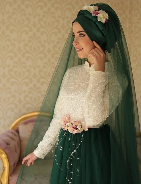 Turkish Islamic Green White Evening Dresses Long Sleeves Muslim Evening  Gowns Dubai Pearls Women Dress robe de soiree 8ee137ee13db