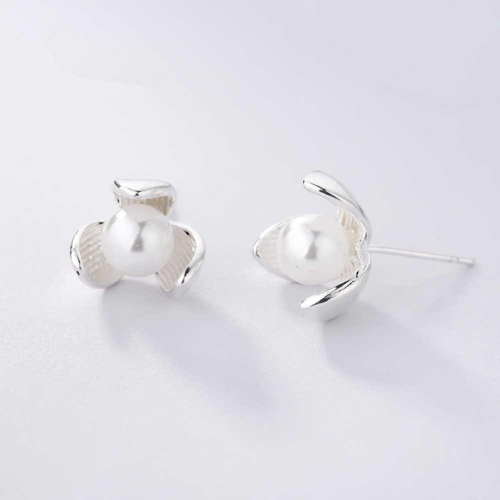 Cxwind di Nuovo Disegno Fiori Orecchini con perno Gioelleria raffinata e alla moda Imitazione Perle di Dichiarazione di Stile Orecchino per le donne di Nozze brincos Regali