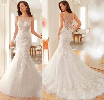 Vintage Lace Princess Wedding Dress Chapel Train Illusion Beaded Pearls Appliques Embroidery Wedding Gowns 2019 Off White Belt