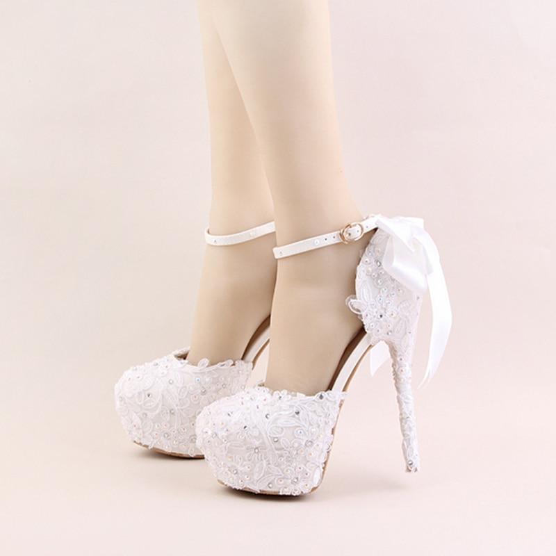 2018 화이트 레이스 꽃 높은 뒤꿈치 신발 라운드 발가락 신부 드레스 신발 ab 라인 석 발목 스트랩 아름 다운 웨딩 파티 샌들-에서여성용 펌프부터 신발 의  그룹 3