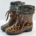 2016 estampado de leopardo de tacón bajo las botas de lluvia de moda a prueba de agua Welly arranque de agua de PVC verde zapatos botas de invierno Bota envío gratis DX272
