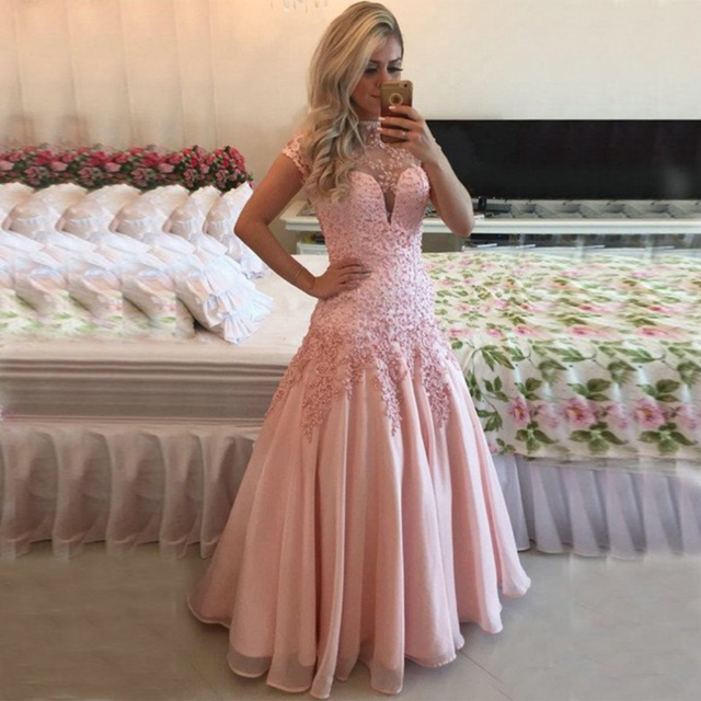 f82e180b6a51 2017 Long Evening Dress Hot Sale Pink Beaded Lace Appliques Short Sleeve  Backless Formal Prom Evening Gown Vestido De Festa