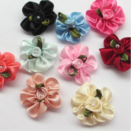 30 шт., цветы из атласной ленты с вышитыми розами, свадебные аппликации