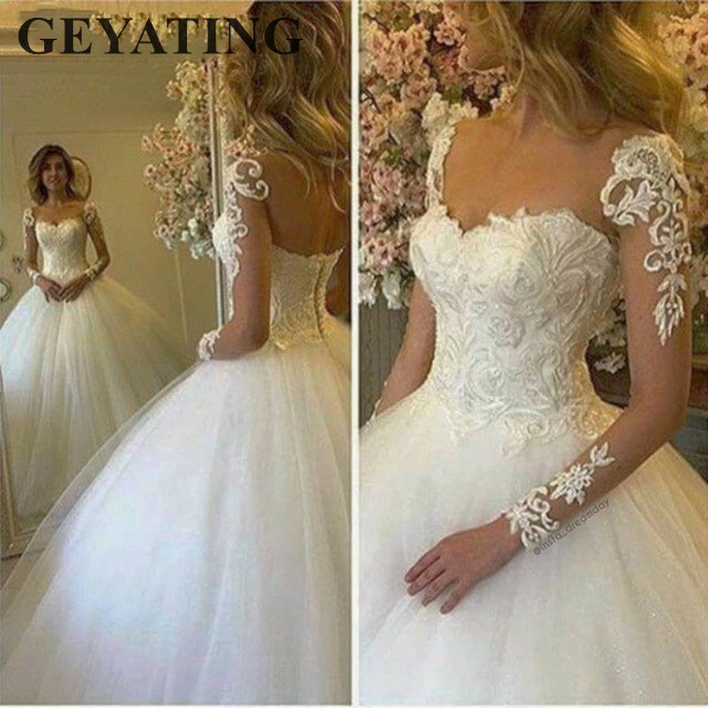 Vintage Lace Long Sleeves Wedding Dresses 2019 Vestido De Noiva Floor Length Ivory Ball Gown Princess Wedding Dress Plus Size