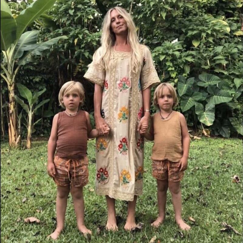 Vintage coton lin dos nu longue broderie florale femmes Maxi robe évider Patchwork Boho gitane robes de plage été