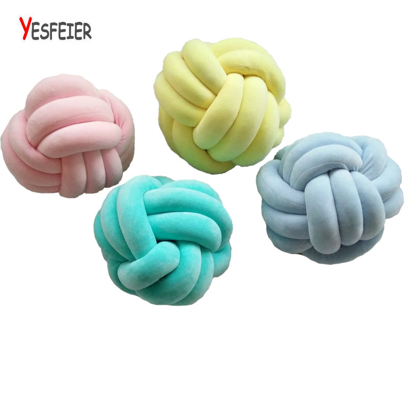 цена 36*36CM Handmade Knot Cushion Knotted Ball Pillow Kids Bed Pillows Stuffed Toys Baby Cushion Room Decor Girl Gifts онлайн в 2017 году