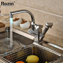 Chrome Finished Color Changing LED Pull Out Kitchen Faucet Single Handle Kitchen Mixer Tap with Side Sprayer