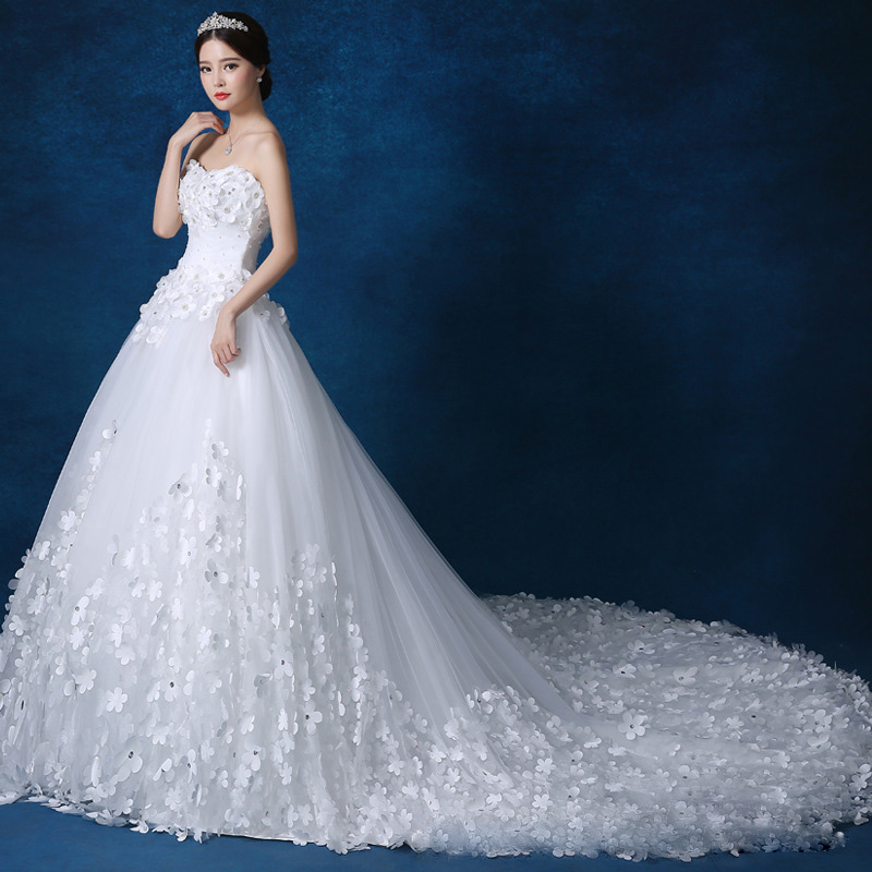 Image 3 - Luxury Crystal Pearls lace 3D flower Sweetheart White Ivory Red Champagne Fashion Royal TrainWedding Dresses brides plus size-in Wedding Dresses from Weddings & Events