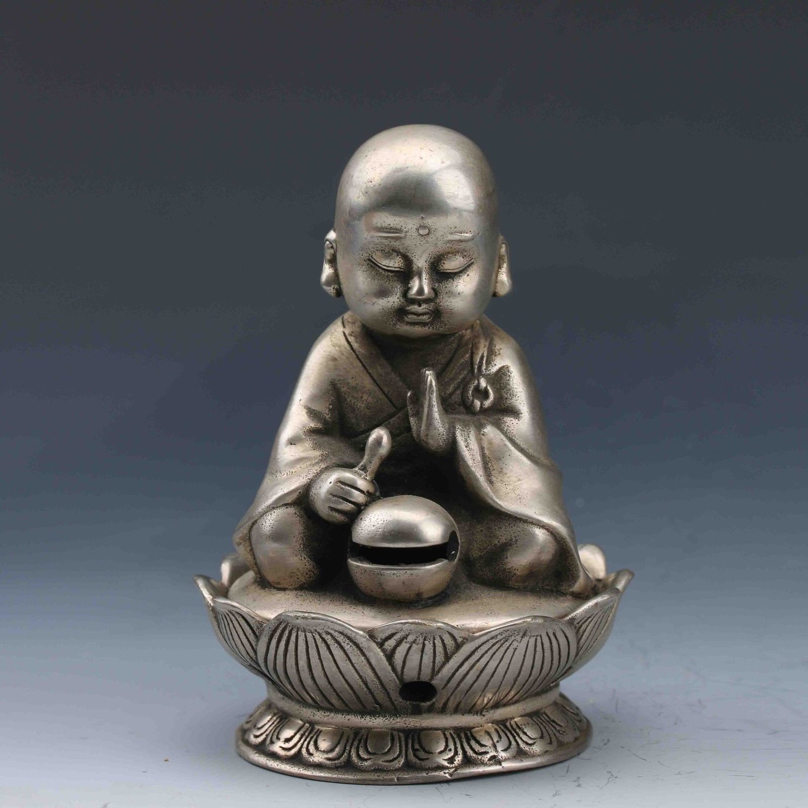 Chinese Miao Silver Hand-Carved Incense Burner&Seated Buddha LidChinese Miao Silver Hand-Carved Incense Burner&Seated Buddha Lid