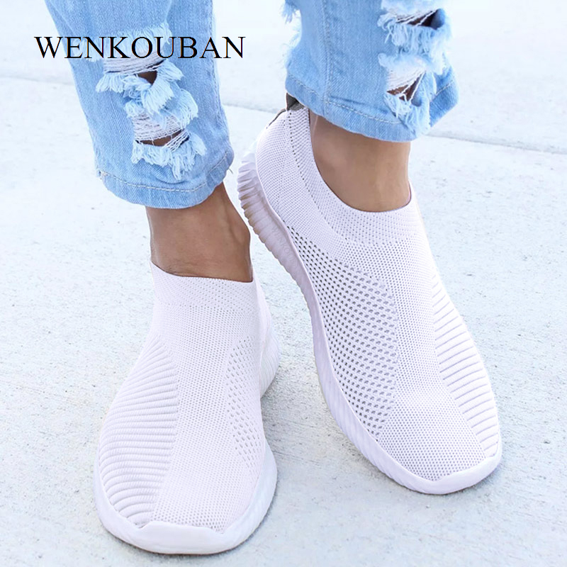 Flat Shoes Women Trainers Fashion Sneakers Ladies Slip on Loafers Spring Socks Shoes Vulcanized Basket Femme Zapatos De Mujer big toe sandal