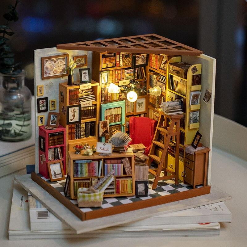 Robotime DIY Dollhouse Sam Study Room Wood Miniature Model Kits Decoration Birthday Gift for Girls(China)