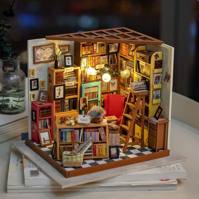 Robotime لتقوم بها بنفسك دمية سام غرفة الدراسة الخشب مصغرة نموذج مجموعات الديكور هدية عيد ميلاد للفتيات