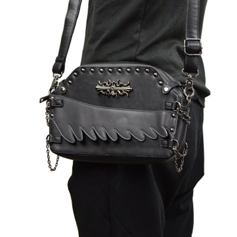 2018 New Small Unisex Black Punk Shoulder Bag Goth Men Women Bags PU Leather Vintage Travel Handbag Crossbody Messenger Bag