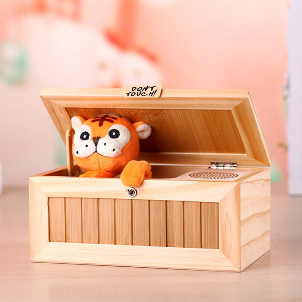 LeadingStar Wooden Electronic Useless Box with Sound Cute Tiger 20 Modes Automatically shut down Desk Decoration Birthday zk30
