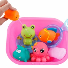 9Pcs/Set Bath Toys in the Bathroom Baby Toy for Children Water Spray Animal Soft Rubber Duck Green Frog Boys Girls