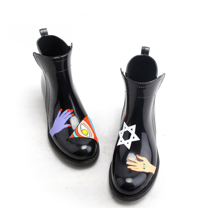 ФОТО 2017 Fashion New Spring and Winter Hand-painted Wind Short Women Rainboots Tube Waterproof Shoes Women Rain Boots