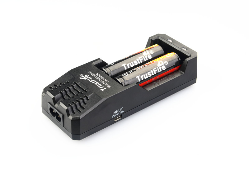 TrustFire TR-015 Lithium Battery Charger + 2pcs Protected 18650 3.7V 2400mAh Li-ion Rechargeable Batteries