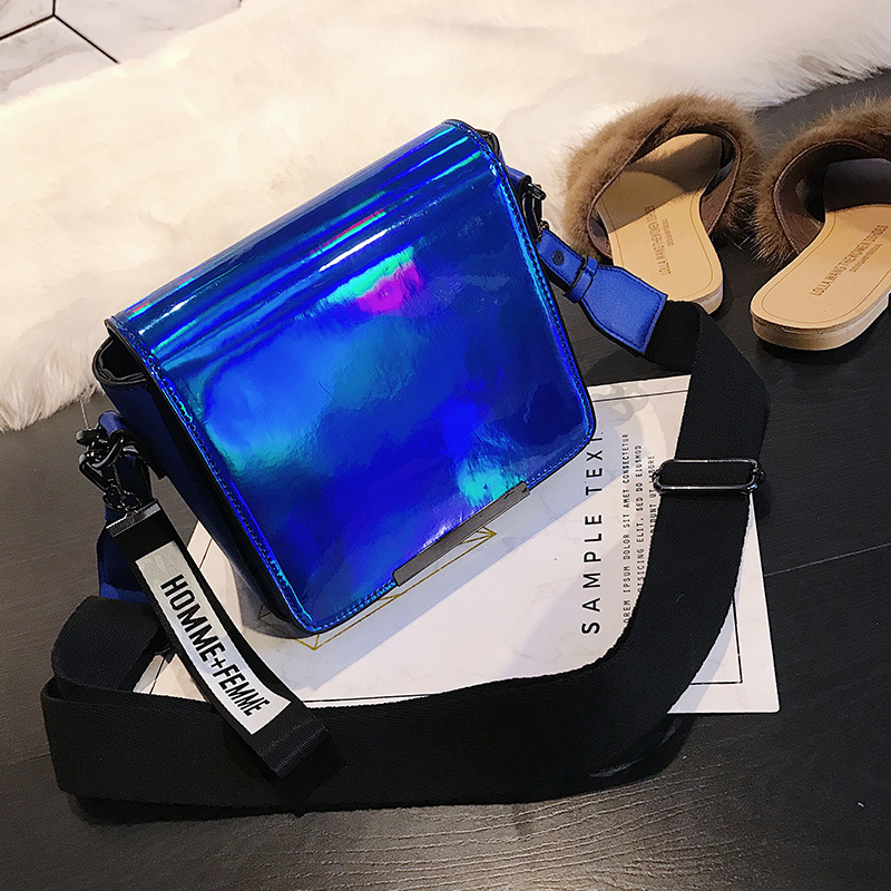2018 HOT Fun personalized fashion laser shell shape chain shoulder bag purse ladies crossbody handbag mini messenger bag flap