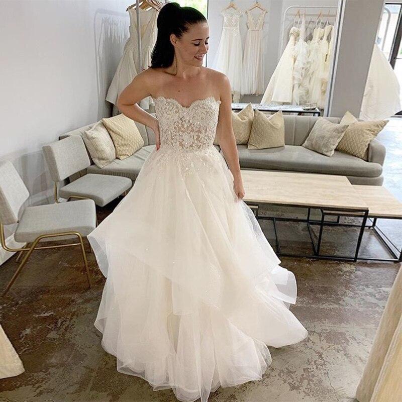 Illusion Bodice Wedding Dresses Sweetheart Neckline Appliques Bead Vestido De Novia Tiered Tulle Skirt Bridal Dress Chapel Train