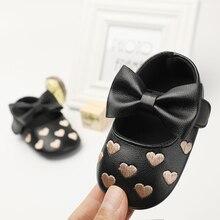 c756cedec Sapatos da menina do bebê moccs moccsains deslizar sobre bowknot doce  princesa bonito bordado ouro rosa