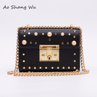 Fashion European Style Candy Color Studs Pearl Decorated Luxury Shoudler Bag Mini Pearl Everning Bag
