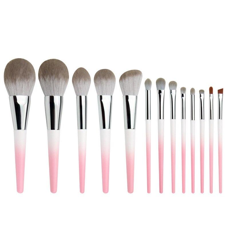 maquiagem fundacao blush sombra de olho escova 05