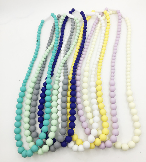 FDA Approved Silicone Chew Teething Necklace with chew beads for Mommy Teethers